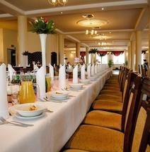 Fenix - Hotel i Restauracja