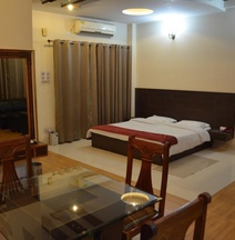 Hotel Sandhya Palace