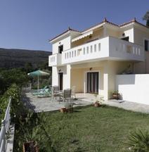 Villa Platanaki