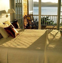 Fort Recovery Beachfront Villa & Suites Hotel