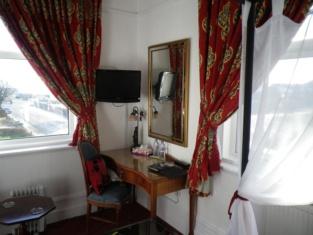 Willow Tree Lodge Hotel