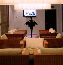 T+ 亞羅士打飯店