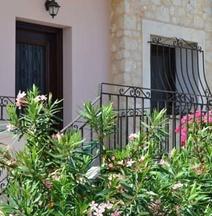 Olive Coast Suites