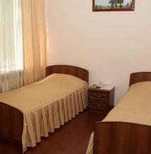 Grand Kavkaz Hotel