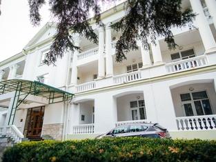 Гранд Кавказ Отель