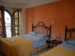 ホテル ヴィラ フロレンシア セントロ