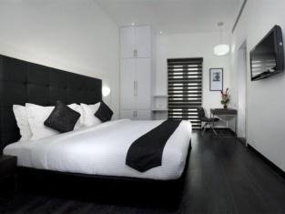 Sapphire Suites