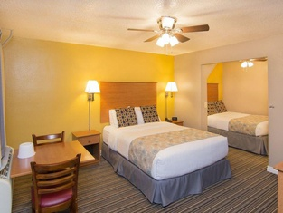 Nordic Inn and Suites