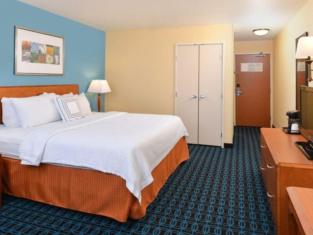 Fairfield Inn Suites Bloomington