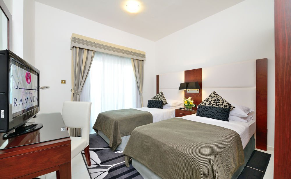 Golden Sands Hotel (formerly Ramada Hotel & Suite)
