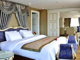 Dragon King Hotel