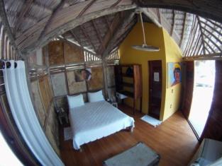 Vila Prea Beach Hotel