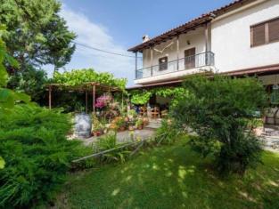 Guesthouse Alexandros