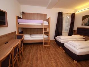 Slamba Hostel Augsburg