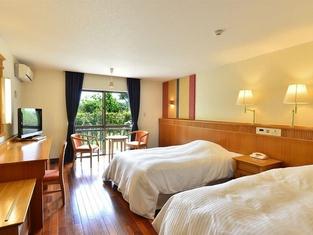 Fusaki Beach Resort Hotel & Villas
