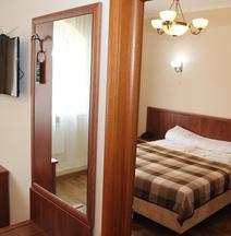 斯坦尼斯拉维夫酒店