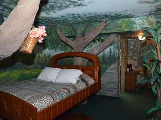 Red Carpet Inn Fanta Suites Hotel