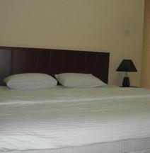 Hamasa Plaza Hotel and Apartments