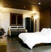 Gunsan Alice Hotel