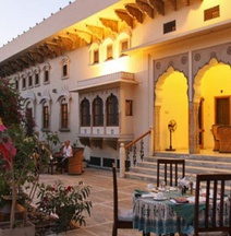 德拉曼達瓦酒店
