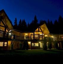 Yellow Cedar Lodge