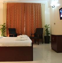 Al Thuriah Hotel Apartment