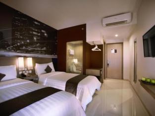 Hotel NEO Candi Simpang Lima Semarang