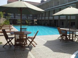 Jeng Ratu Hotel