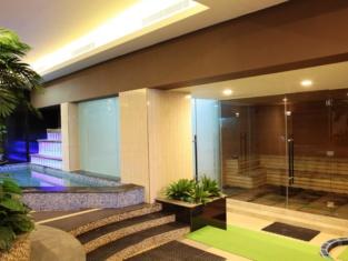 Capital O 1276 Aswin Hotel & Spa Makassar