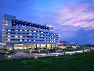 แอสตัน จีเรอบอน - โรงแรมและศูนย์การประชุม