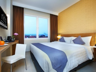 โรงแรมนีโอ ซามาดิกุน จีเรอบอน