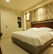 デブティック スタイル ホテル マラン