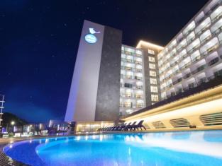 Hotel Whistle Lark