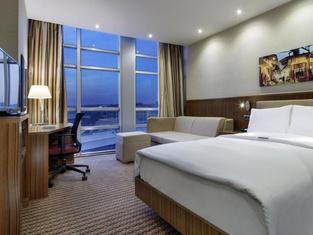 加濟安泰普希爾頓漢普頓酒店
