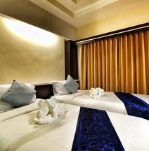 Excella Hotel