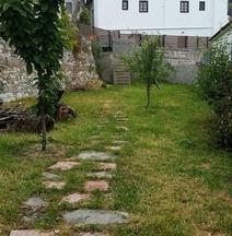Effrosini Traditional Home