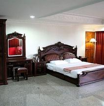 Chateau Chiangmai Hotel
