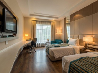 Howard Plaza The Fern-An Ecotel Hotel Agra