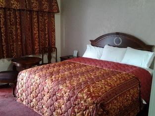 Holiday Motel - Santa Maria