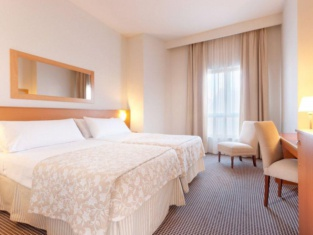 โรงแรมทริป เลออง