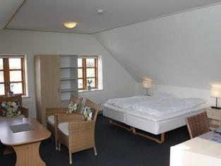 Skjoldbjerg Garnihotel