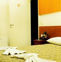 ホテル ポヤレス