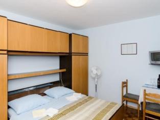 Katarina Rooms
