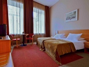 EgoEAST Mini Hotel