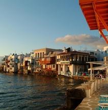 The Cabin Mykonos Town