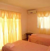 Aparthotel El Montecarlo