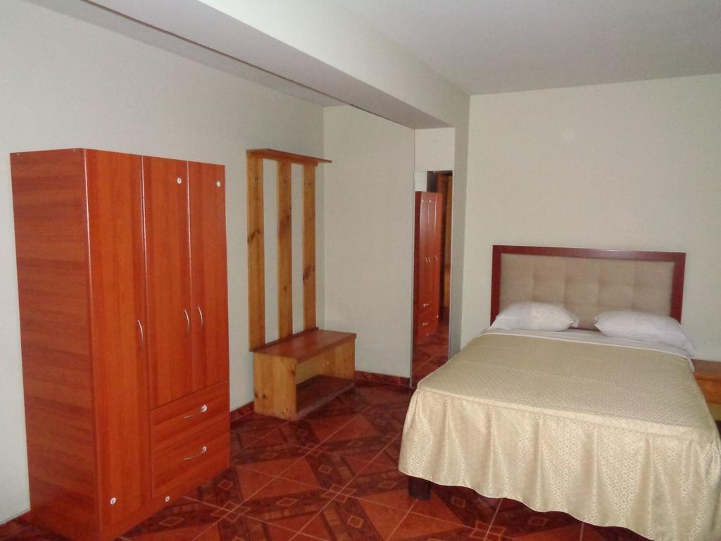 Antares Inn