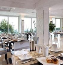 メルキュール ホテル リミニ アルティス