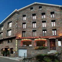 Montane Hotel