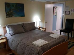 North York BB Bed & Breakfast